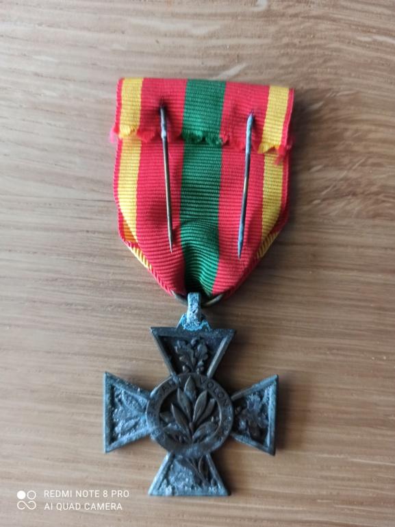Croix du combattant volontaire Img_2019