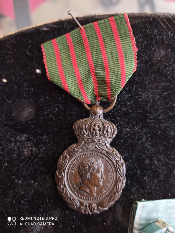 Médailles française à identifier  Img_2112