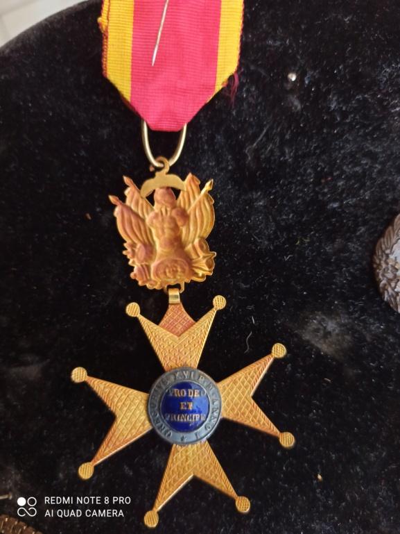 Médailles française à identifier  Img_2114