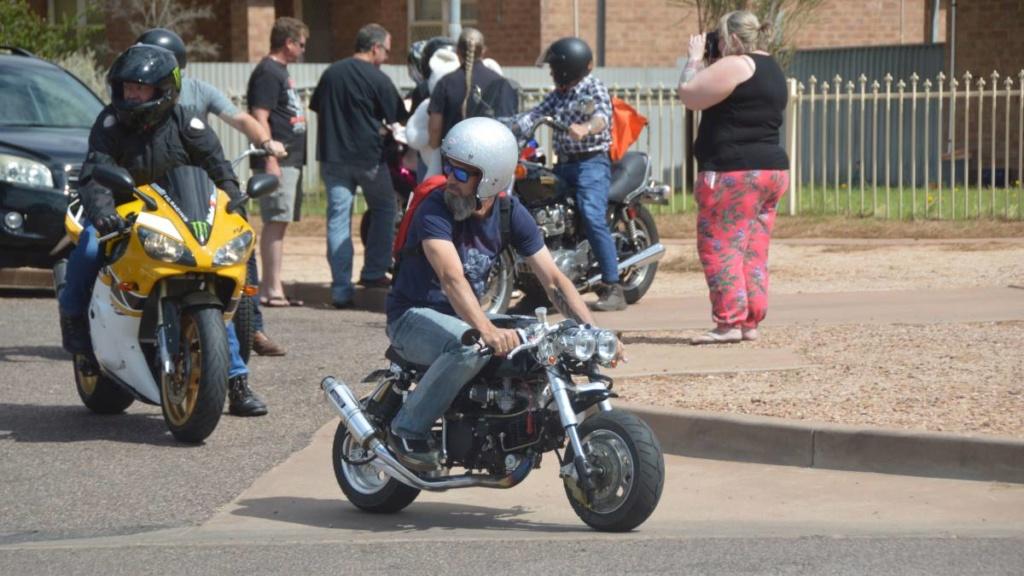 Now Money's Mini Motorcycle R0_0_610