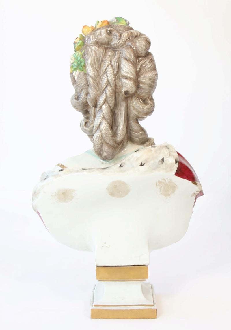 A vendre: bustes Marie Antoinette - Page 8 15398712