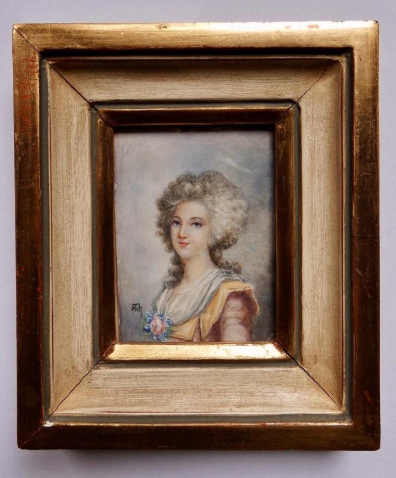 A vendre: miniatures de Marie Antoinette et de ses proches - Page 15 Antiqu10