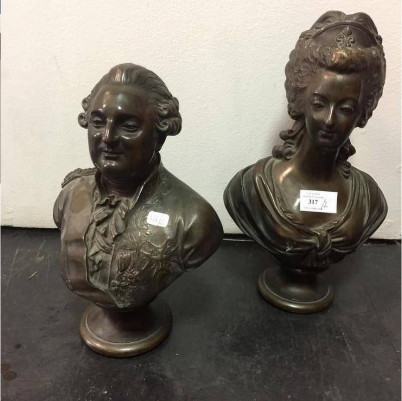 A vendre: Louis XVI et Marie Antoinette - Page 6 Sans_t10