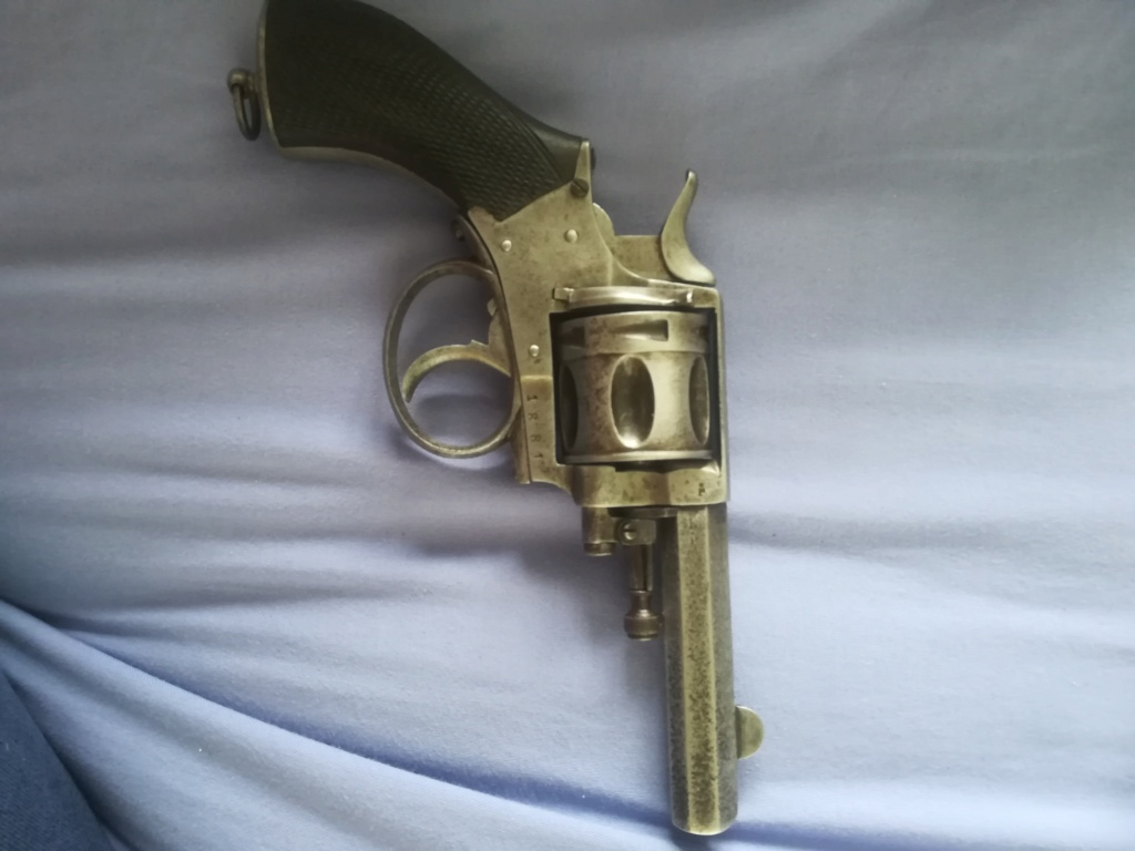 Identification revolver ( libération de Paris) Img_2018