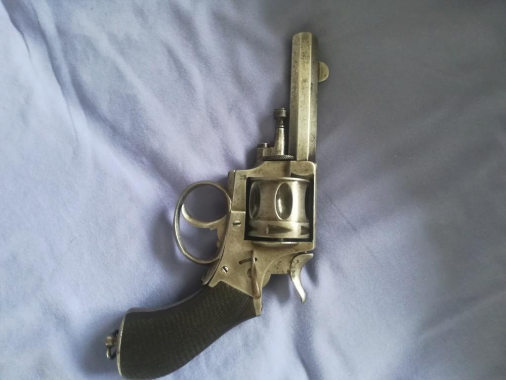 Identification revolver ( libération de Paris) Img_2019