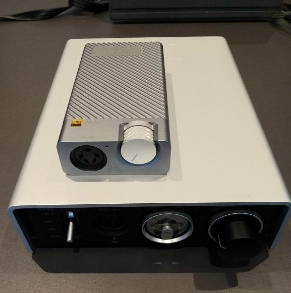 Jade 2 e amplificatori Stax D10/D50 20200711