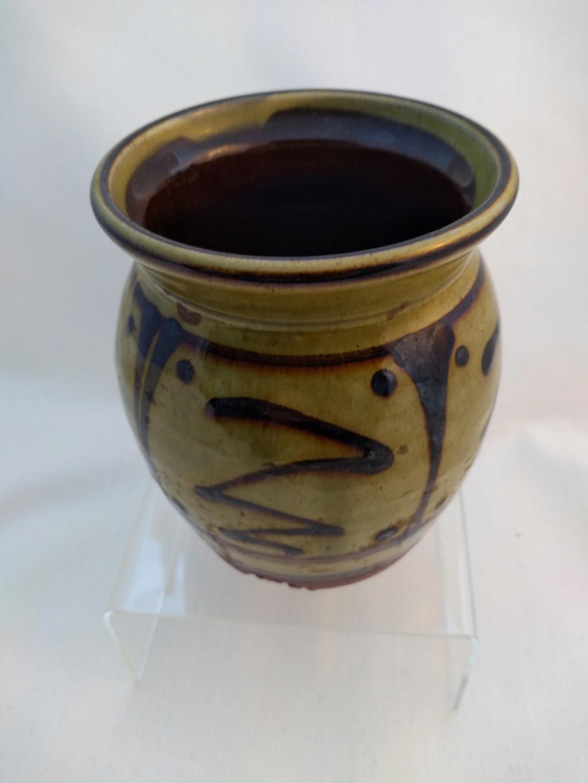 Slipware pottery, tree mark (not Coxwold)  Img_2027