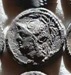 Denario de la gens Minucia. Q THERM M F. Soldado romano protegiendo a compañero caído. Roma.  18a10