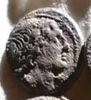 Denario de la gens Memmia. L MEMMI. Los Dióscuros estantes al lado de sus caballos. Roma. 1a10