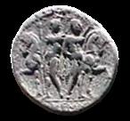 Denario de la gens Memmia. L MEMMI. Los Dióscuros estantes al lado de sus caballos. Roma. 1b10