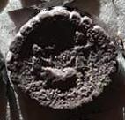 Denario de la gens Sulpicia. C. SVLPICI. C. F. Dos soldados estantes, en medio cerda. Roma. 38b10