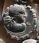 Denario de la gens Crepereia. Q. CREPEREI - ROCVS. Neptuno en una biga tirada por hipocampos. Roma.  44a10
