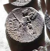 Denario de la gens Valeria. L. VALERI - FLACCI.  Marte estante a izq. Roma. 8b10