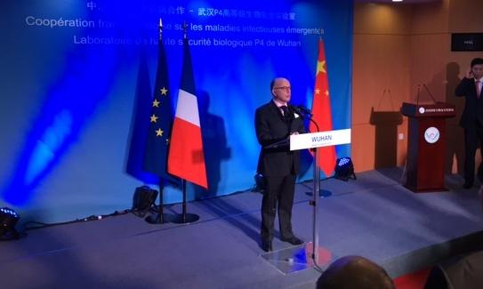 Voyage officiel du Premier Ministre en Chine, visite du laboratoire P4 de Wuhan 1-116-10