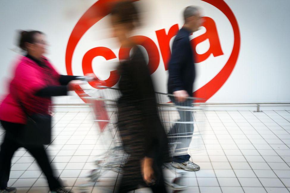 Deux salariés d'un Cora licenciés pour avoir refusé de travailler le dimanche 12207110