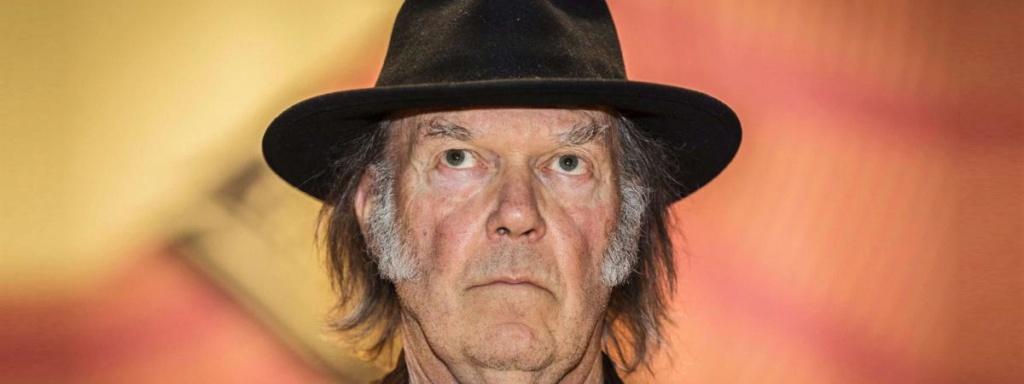 Neil Young met à disposition l'ensemble de ses archives en ligne, du jamais vu ! 18513610