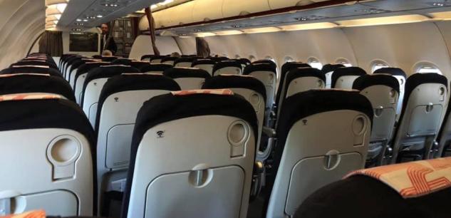 En pleine crise du coronavirus, les compagnies aériennes volent à vide pour ne pas « perdre leur place » 1afc6210