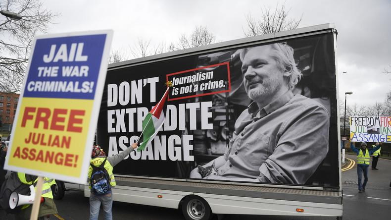 La juge refuse la libération sous caution d'Assange   5e7b9810