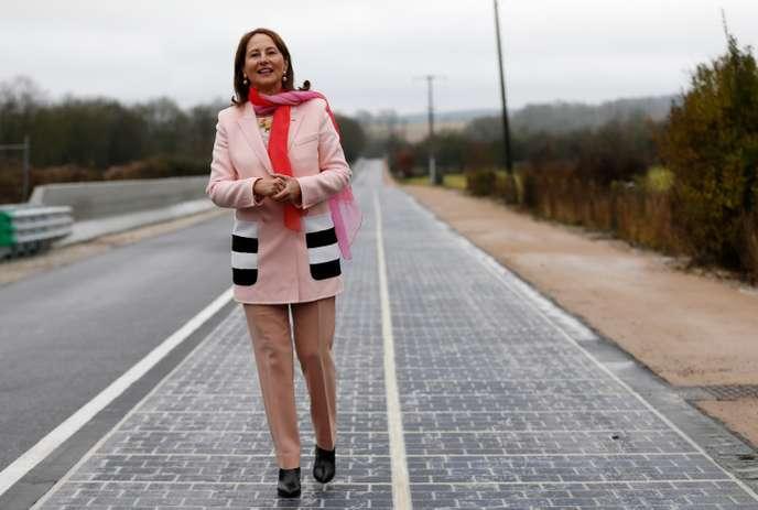 En Normandie, le fiasco de la plus grande route solaire du monde 99e1a810