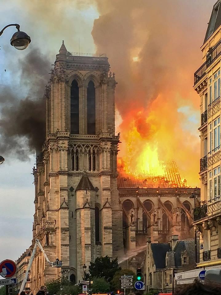 Le drame de Notre Dame A15