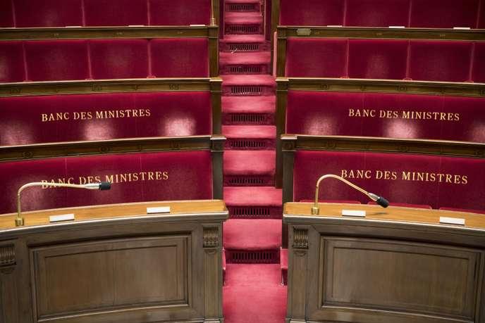 Affaire de Rugy : les parlementaires de tout bord agacés par les révélations de « Mediapart » Banc10