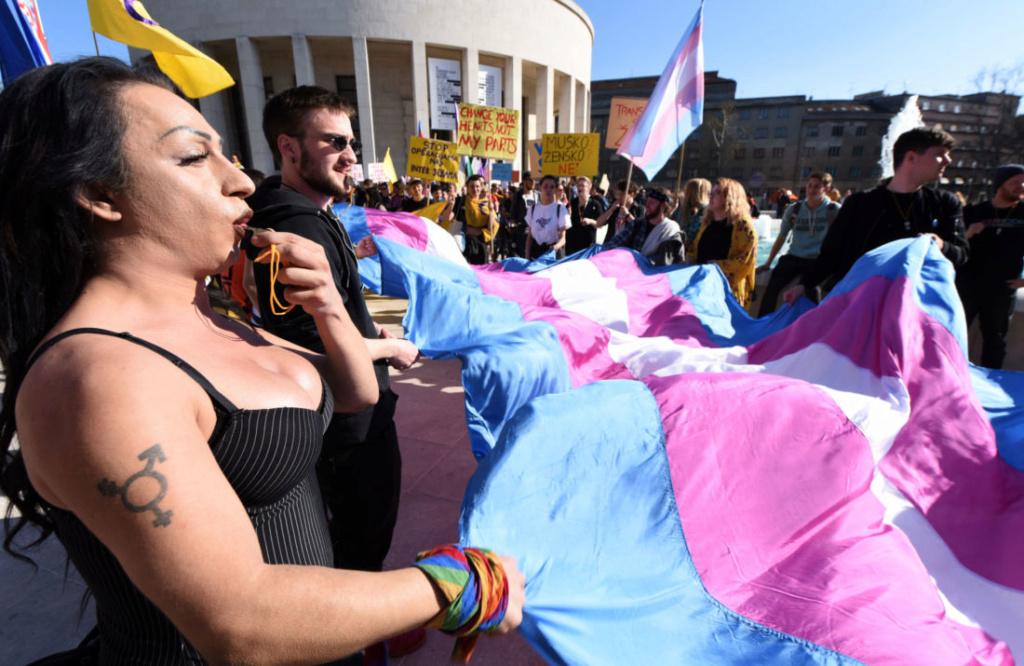 La transidentité n'est (enfin) plus considérée comme une pathologie mentale par l'OMS Belgai10