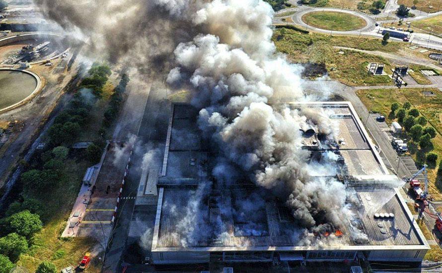 Omerta sur une catastrophe industrielle majeure aux portes de Paris Blacko10