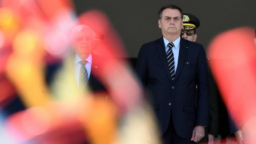 Brésil : l'armée met au pas Bolsonaro Bolso10