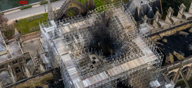 Le drame de Notre Dame C10