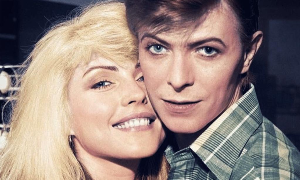 Debbie Harry : « Un jour Bowie m'a montré son gros sexe pour me remercier pour la coke » Dc311810