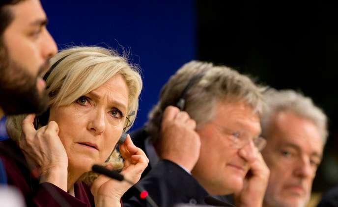 Affaire des assistants parlementaires européens : le RN piégé par ses messages E6e54910