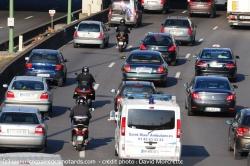 Bruxelles pense à interdire les motos Interd10