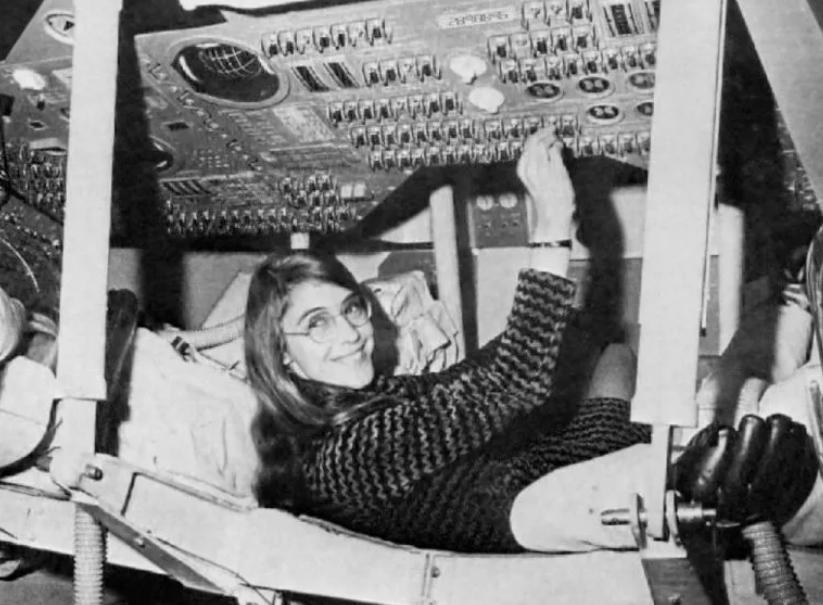 Margaret Hamilton, la femme qui a fait atterrir l'Homme sur la Lune Margar10
