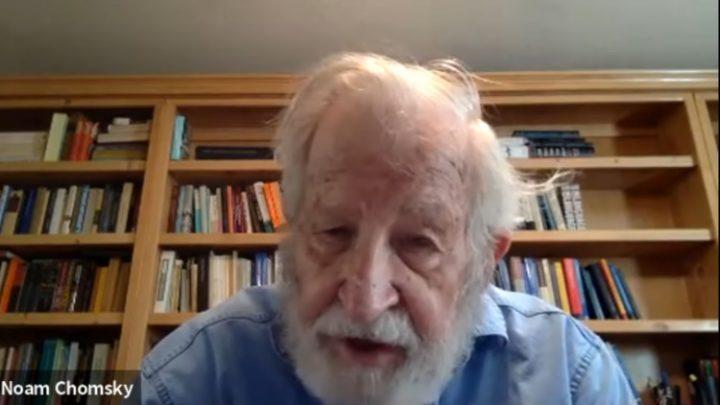 Noam Chomsky : « Nous allons surmonter la crise du coronavirus, mais nous avons des crises plus graves devant nous » Noam-c10
