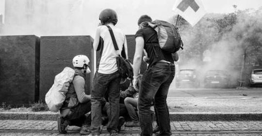 Communiqué unitaire de collectifs de street medics Safe_i18
