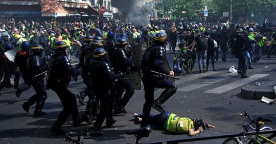 Violences contre les «gilets jaunes»: la police des polices officialise le déni Safe_i21