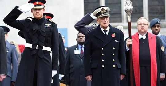 Angleterre, Le prince Philip met en garde Harry «On sort avec des actrices, on ne les épouse pas» Safe_i38