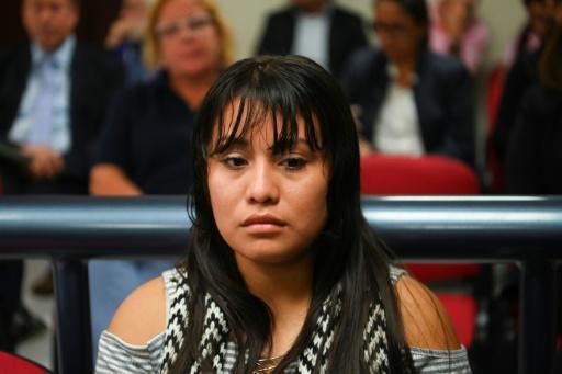 Salvador : une jeune femme à nouveau jugée pour homicide après avoir perdu son bébé Salvad10