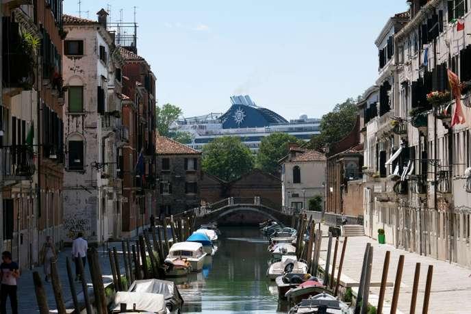 Roberto Ferrucci : « Les navires de croisières doivent quitter la lagune de Venise » Venise10