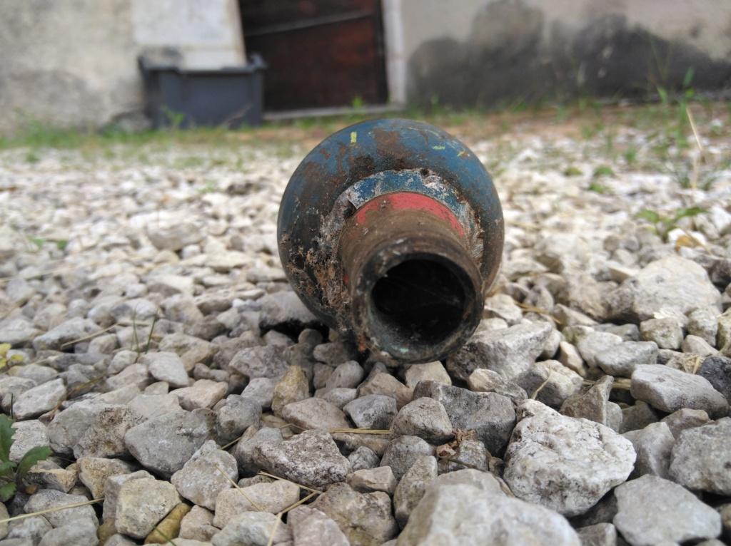 Découverte d'une munition d'obus Img_2010