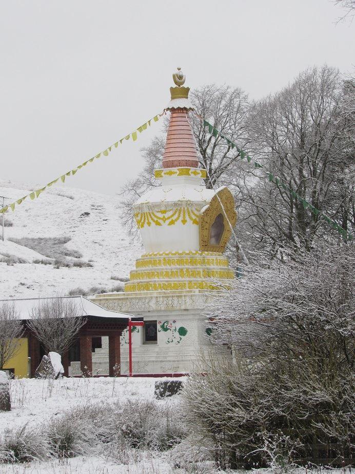 Les stupas en Europe 26167110