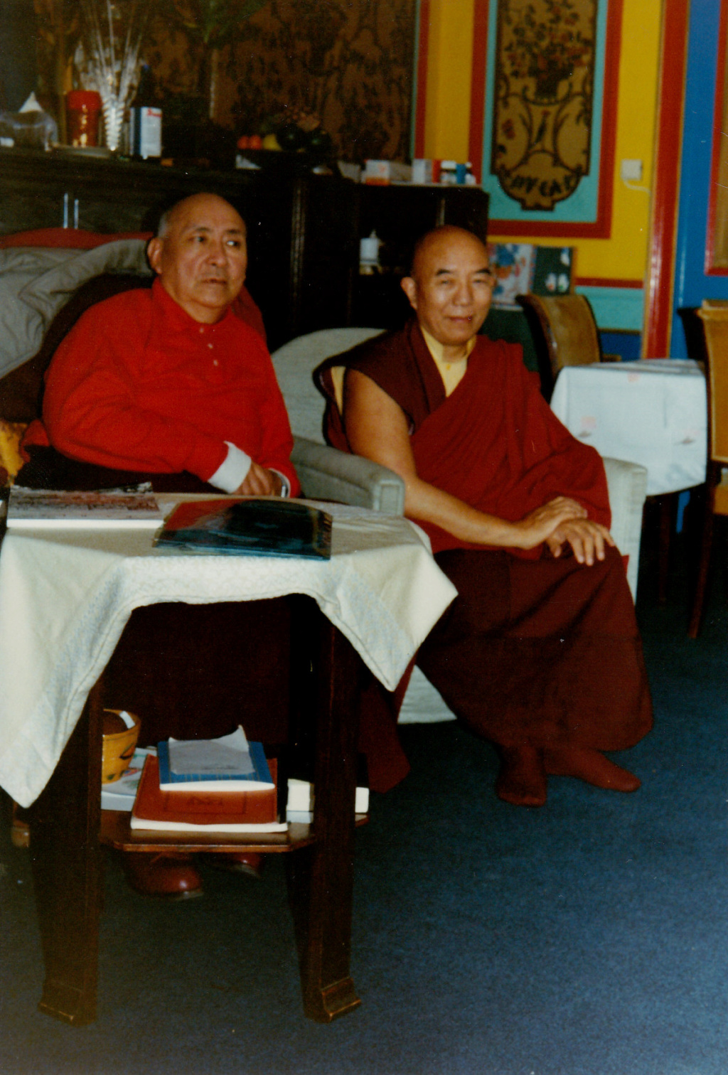 rimpoche - Soyez gentils .....Palpung Ongyen Rimpoche  Gom_0111