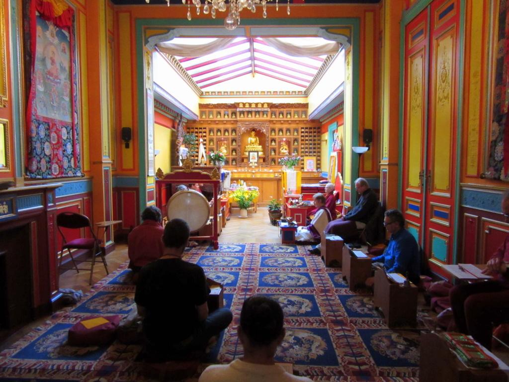 Rituel annuel, Drouptcheu de Karmapakshi , à Bruxelles Red_0510