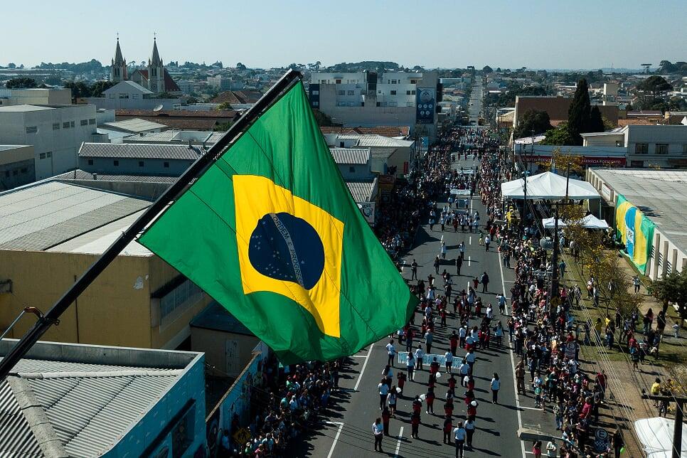 Desfile de 7 de setembro reúne 1.200 participantes em São João Desfil10
