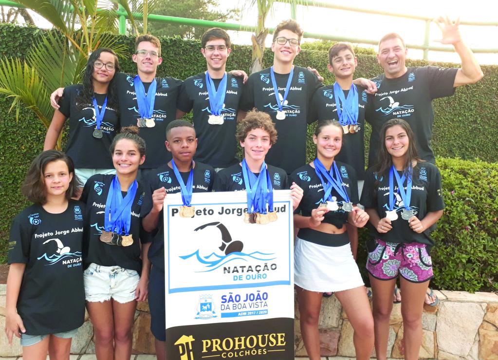 Natação conquista 80 medalhas em Porto Ferreira Matzor17