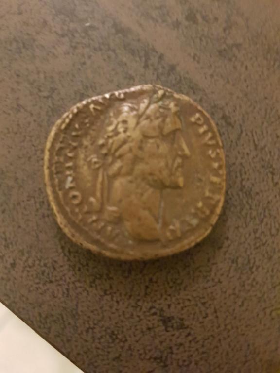 Pièces romaines 15472314
