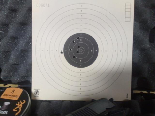 Précision pistolets Umarex- Différences - Page 3 Img_2520