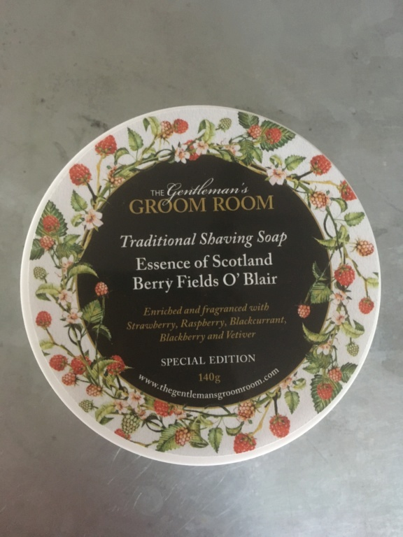 The Gentleman's Groom Room Essence of Scotland Berry Fields O' Blair Pot10