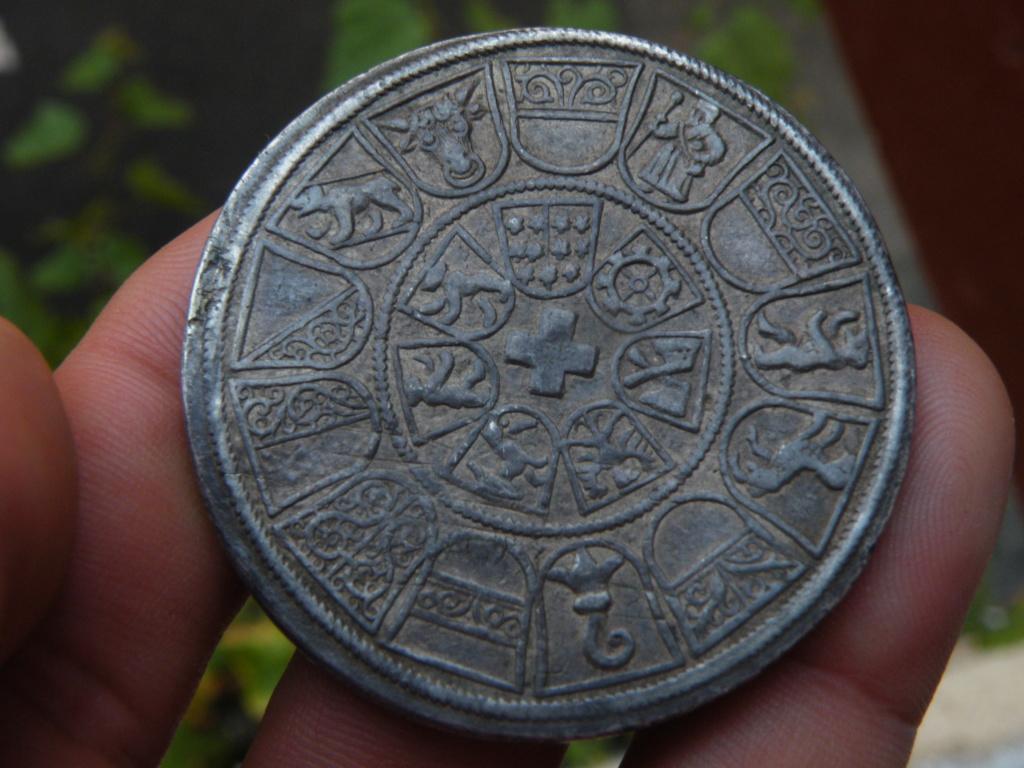 ID référence d'un BUNDESTHALER 250 ans de la Ligue éternelle 1546 Dscf0025
