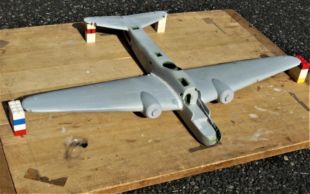 """Armstrong-Whitworth AW 41 """"ALBEMARLE"""" au 1/48 scratch en bois massif (Projet AA): préparation à la peinture - Page 9 0115"""